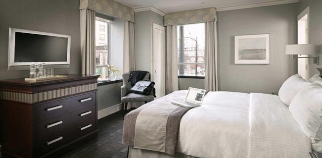 Smart_Queen_Room